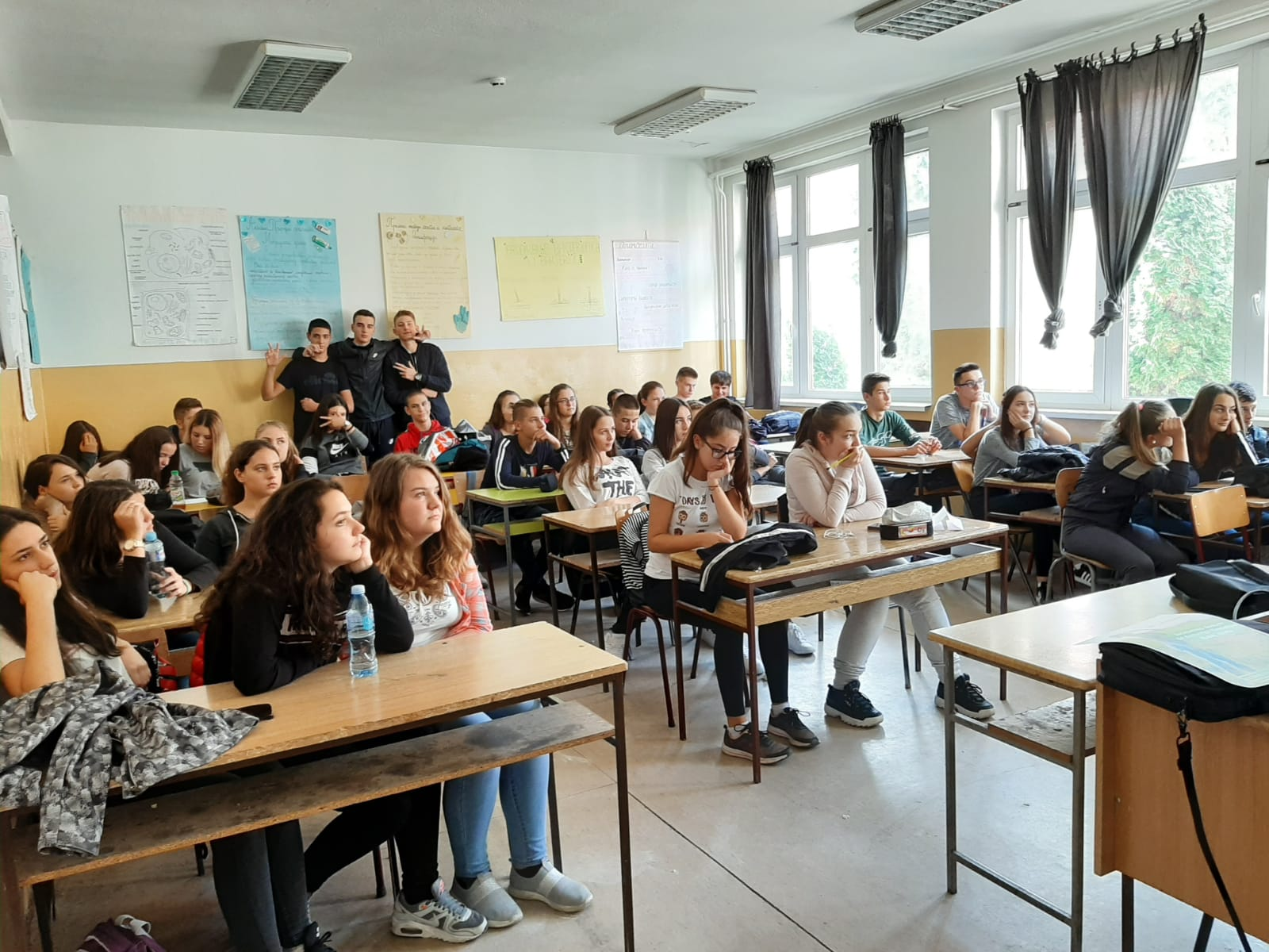 Youth Workers Alliance Vranje/ Youth Association Logos –  Capacity Building Activity 2
